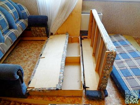 Мебель перед обработкой разбирают